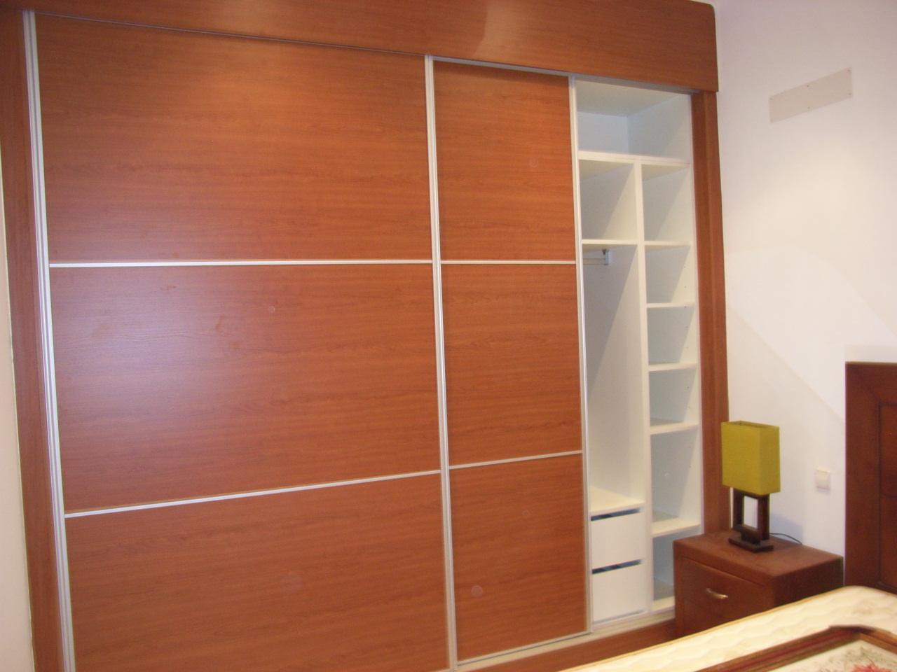 Armarios a medidas affordable armario a medida lacado for Puertas galvanizadas medidas
