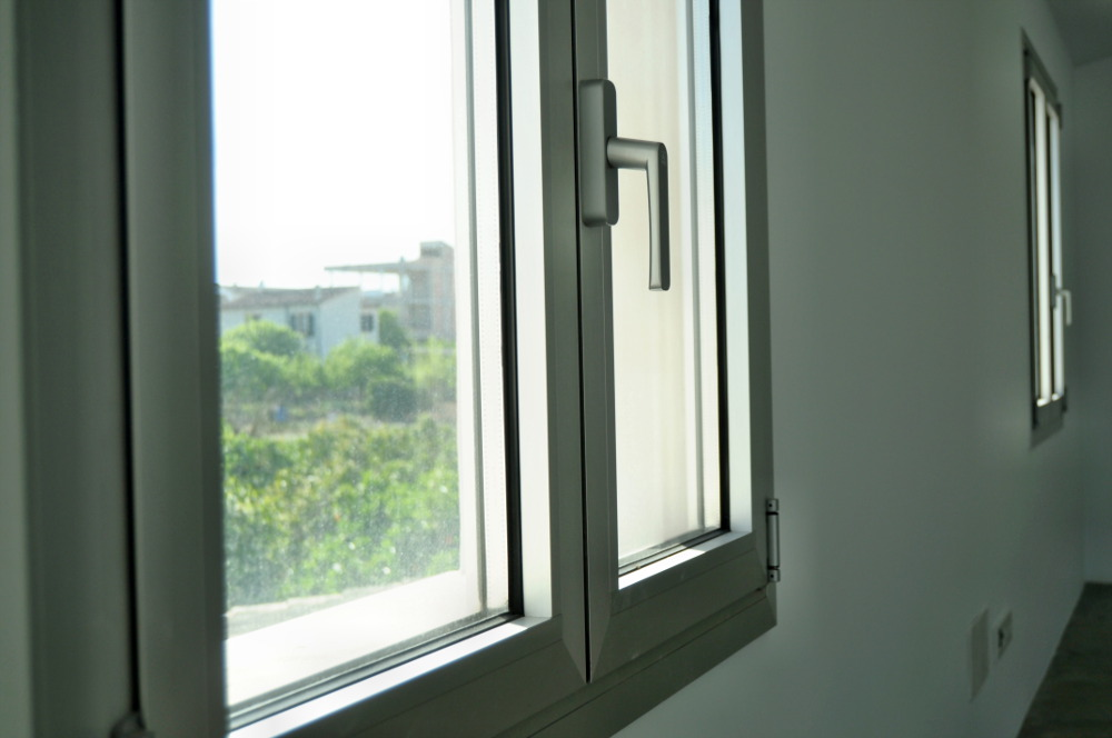 Ventanas de aluminio a medida presupuestos de ventanas for Ventanas de pvc tipo madera
